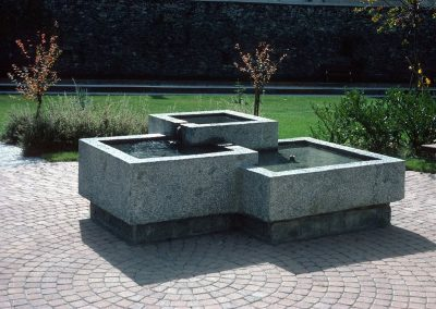 Fontana Campascio in un sol pezzo / Casa Anziani Poschiavo